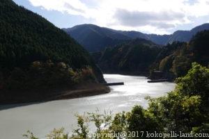 接阻峡温泉電車からの景色