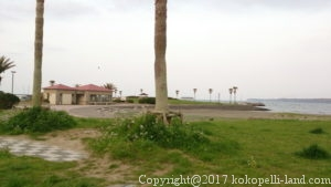 名洗浜海浜公園トイレ外観